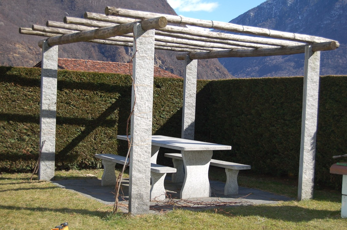 pergola f r ihren garten aus dem tessin. Black Bedroom Furniture Sets. Home Design Ideas